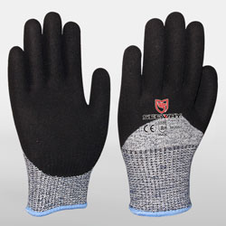 Cut Resistant 3/4 Sandy Nitrile Dipped Best Winter Gloves