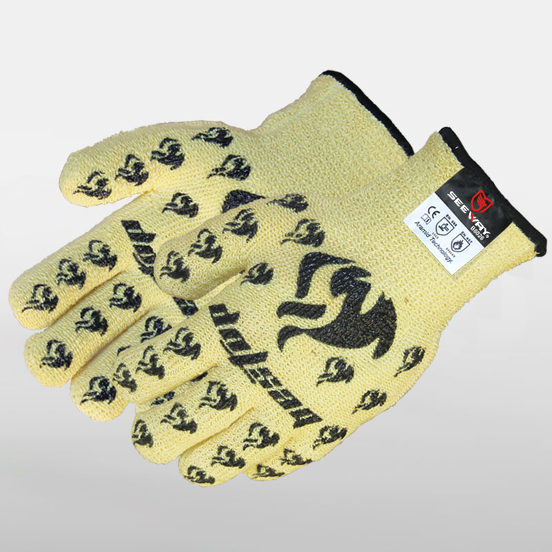 Thermal protection gloves With Good Grip